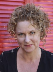 Headshot Emma Viskic